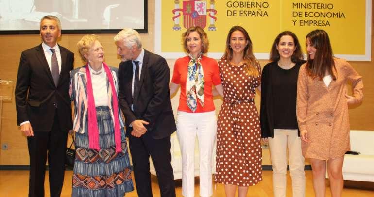 Homenaje a Josefina de la Maza